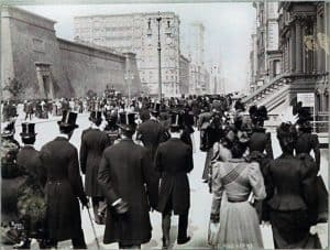Croton Reservoir on Fifth Avenue Easter 1897, shortly before demolition.